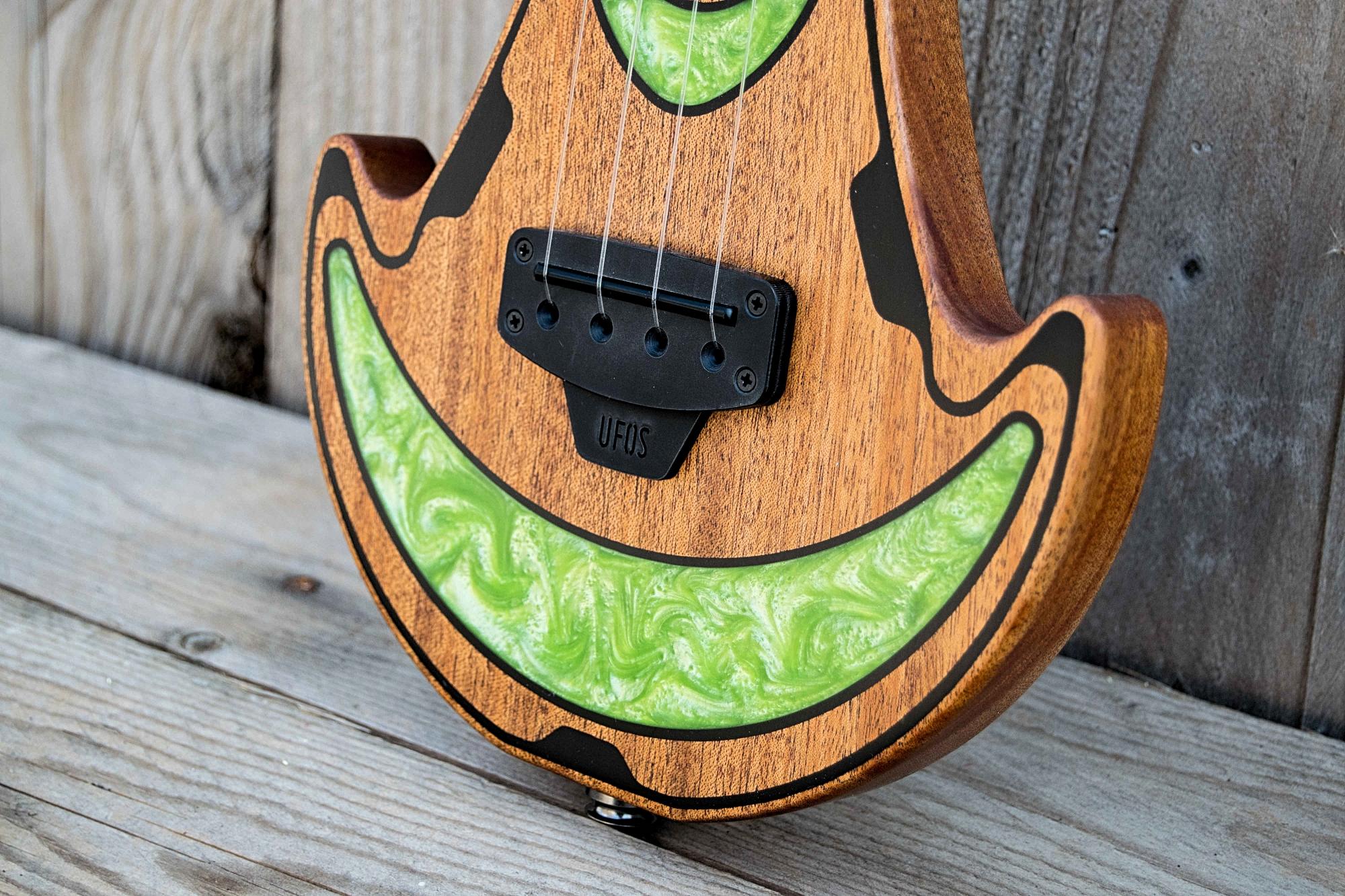 UFOS Ukuleles From Outer Space green